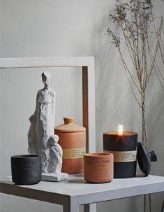 H&M Home : notre sélection déco à moins de 40 € - Elle Décoration Interior Design Colleges, Best Home Interior Design, Bathroom Interior Design, Scented Candles, Candle Jars, Candle Holders, Grand Vase En Verre, Vase Design, Candle Accessories