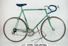 Steel Vintage Bikes - Bianchi Specialissima Classic Bicycle with Cobalto 1986