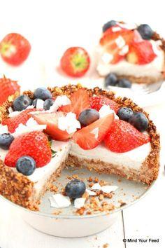 Creative and Great Strawberry oatmeal cake Healthy Cake, Healthy Sweets, Healthy Baking, Healthy Recipes, Strawberry Oatmeal, Strawberry Pie, Oatmeal Cake, Happy Foods, No Bake Cake