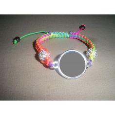Bracelet personnalisé, fil multicolore perles blanches