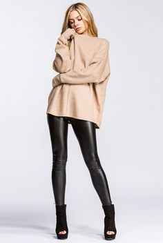 Zoe leather look leggings - black restocked! Classy Outfits, Beautiful Outfits, Fall Outfits, Casual Outfits, Fashion Outfits, Leather Leggings Outfit, Black Leggings, Leather Outfits, Leather Jeans