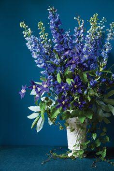 Delphinium Arrangement -- by floral designer Ariella Chezar -- Architectural Digest -- Delphinium Tattoo, Delphinium Bouquet, Blue Delphinium, Delphiniums, Irises, July Birth Flower, Birth Flowers, Drawing Simple, Single Flower Bouquet
