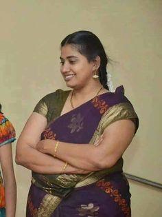 Tamil aunties hot navel photos