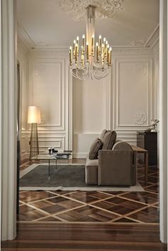 Moldings can help establish HIERARCHY by calling attention to prominent elements in a room, such as doors, windows, fireplace openings, and other in the house. Living Room Decor, Living Spaces, Neoclassical Interior, Classic Interior, Stylish Interior, Contemporary Interior, Luxury Interior, Wainscoting, Ceiling Design
