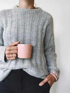Ravelry: Vertical Stripes Sweater pattern by PetiteKnit Sweater Knitting Patterns, Cardigan Pattern, Hand Knitting, Cozy Sweaters, Sweaters For Women, How To Start Knitting, Knit Fashion, Sweater Weather, Knitwear