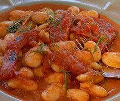 Ακόμη μία παραδοσιακή εύκολη και πεντανόστιμη, επιλεγμένη συνταγή με λάδι, από τον Ελαιόκαρπο και το βιολογικό λάδι Kleolia. Καλή σας όρεξη με Γίγαντες στο φούρνο. Υλικά 250γρ. φασόλια γίγαντες 2 φ… Greek Recipes, My Recipes, Indian Food Recipes, Snack Recipes, Cooking Recipes, Healthy Recipes, Ethnic Recipes, Recipies, Spinach Balls