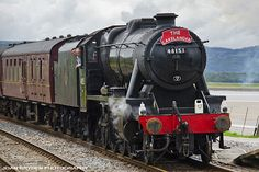 Steam locomotive; LMS Stanier Class 8F 48151 Guage 0 Guild Diesel Locomotive, Steam Locomotive, Mallard Train, Industry Images, Pullman Car, Train System, Abandoned Train, Train Engines, Small Engine