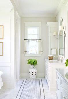 The Highlands – Sarah Bartholomew Design Clean White Master Bathroom Inspiration White Master Bathroom, Zen Bathroom, Bathroom Wallpaper, Bathroom Renos, Bathroom Renovations, Modern Bathroom, Bathroom Ideas, Small Bathroom, Rental Bathroom
