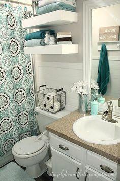 Bathroom Decor rental Awesome Ideas Small Apartment Decorating Rental - One. Bathroom Decor r Diy Bathroom Decor, Budget Bathroom, Bathroom Interior, Bathroom Ideas, Bathroom Small, Bathroom Makeovers, College Bathroom, Rental Bathroom, Restroom Decoration