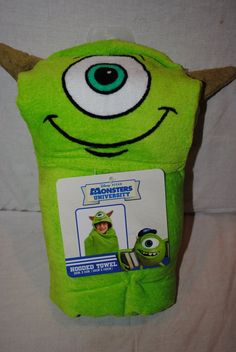 Monsters University Hooeded Towel Mike