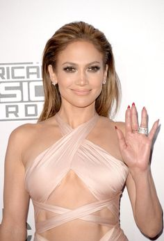 Pin for Later: See All the Sexy Stars on the AMAs Red Carpet! Jennifer Lopez