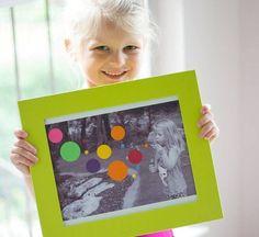 Fun Kids Photo Art cadeau sur planche bois imprimer travail cha en noir et blanc et gommettes couleur