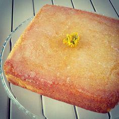 Lemon Drizzle Cake - torta al limone con zucchero e aucco di limone