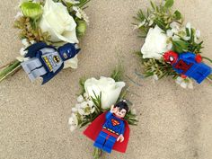 Is it a bird, is it a plane no it's superman and his fellow superheroes looking fabulous as buttonholes for those little men in the wedding party or big kids if lego fanatics!!! I know I would!!