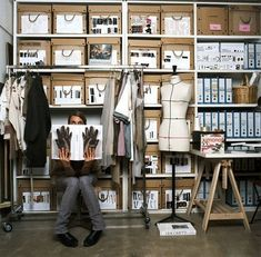 New fashion design studio atelier work spaces ideas Fashion Room, Fashion Studio, Studio Organization, Sewing Rooms, Sewing Room Storage, Closet Storage, Craft Storage, Storage Boxes, Space Interiors