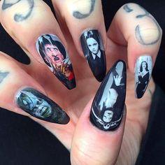 Halloween Stilleto nails
