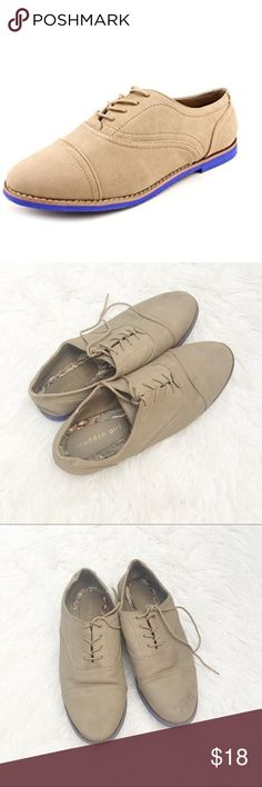 Madden Girl Jaxon Oxfords Super cute, pre-loved, still have a ton of life left in them! Size 8.5. Would be great for fall 😊 Madden Girl Shoes Sneakers