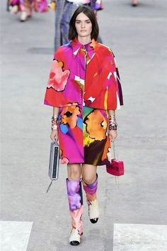 Photos du défilé Chanel Femme printemps-été 2015 - L'Express Styles