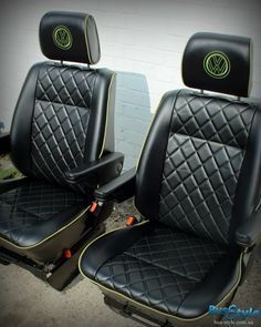 Volkswagen Transporter T4, Vw Mk1, Car Interior Upholstery, Automotive Upholstery, Golf Mk3, Kombi Home, Custom Car Interior, Lux Cars, Car Gadgets