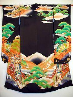 Beautiful Japanse kimono Kimono Fabric, Silk Kimono, Black Kimono, Traditional Kimono, Traditional Dresses, Traditional Japanese, Japanese Culture, Japanese Art, Vintage Japanese
