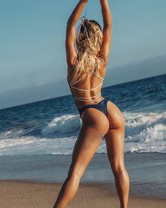 3,324 vind-ik-leuks, 26 reacties - AYRA  SWIM ® (@ayraswim) op Instagram: 'BRONZED // @elisabecker wears The Cheeky Panama in blue'