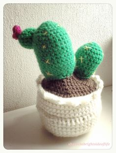 By The Bright Side of Life - Cactus crochet pattern (free)