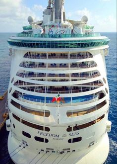 Royal Caribbean Ships, Royal Caribbean Cruise, Cruise Travel, Cruise Vacation, Enchantment Of The Seas, Majesty Of The Sea, Independence Of The Seas, Navigator Of The Seas, Freedom Of The Seas