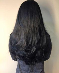Hairstyles long black hair layered haircuts 66 ideas for 2019 Haircuts For Long Hair With Layers, Long Layered Haircuts, Long Hair Cuts, Straight Hairstyles, Black Hairstyles, Long Layer Hair, Trending Hairstyles, Long Thick Layered Hair, Best Hair Cuts