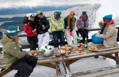 #turismo #nieve #neve #VillaLaAngostura #Argentina #invierno #viagens #esqui http://revistavivelatinoamerica.com/2015/09/01/villa-la-angostura-nequen-argentina/