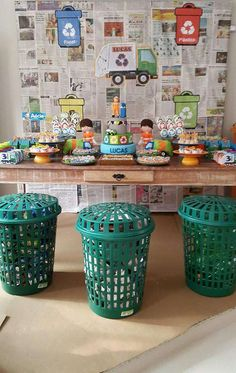 Amazing Garbage Truck and Recycle trash! | CatchMyParty.com