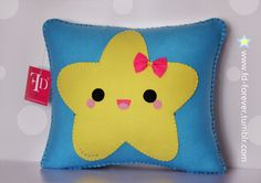 ★ Happy Star  ★ Handmade felt pillow Designed & made by FD.FOREVER