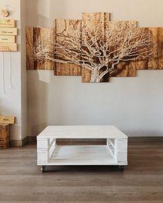 """Palets Rodriguez SL on Instagram: """"¡Buenos días! ☀️ . ¿Te apetece decorar tu casa de una manera original y bonita usando palets de madera? Pues nuestra mesa de centro/mesa…"""" Floating Nightstand, Table, Furniture, Instagram, Home Decor, Centerpieces, Bom Dia, Pretty, The Originals"""