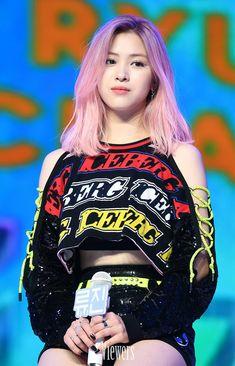 247 Best Itzy Images Kpop Girls Girl Group Kpop Girl Groups