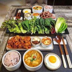 Bistro Food, Food Goals, Slow Food, Aesthetic Food, Korean Food, Food Cravings, Food Presentation, Creative Food, Food Photo