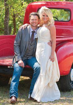 I'm a country girl at heart so I gotta love my Blake and Miranda!