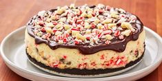 Looking for a Christmas cheesecake recipe to make? This Chocolate Peppermint Cheesecake is the best. Peppermint Cheesecake, Christmas Cheesecake, Baileys Cheesecake, Crushed Oreos, Cheesecake Recipes, Sour Cream, Hot Chocolate, Food Processor Recipes, Desserts