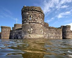 Beaumaris Castle	Isle of Anglesey	Wales.	53.2648,-4.0897   | 13th Century