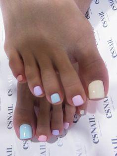 ☆MALIAちゃん☆ の画像|AIKO(迫田愛子)オフィシャルブログ「あなたのハートを狙い撃ち!」 Powered by Ameba Gel Toe Nails, Acrylic Toe Nails, Feet Nails, Toe Nail Art, Short Nail Designs, Colorful Nail Designs, Toe Nail Designs, Acrylic Nail Designs, Pretty Toe Nails