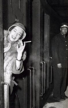 The Century Limited Rosalind Russell heads to the coast aboard the through Pullman car connecting with the Santa Fe Chie Old Hollywood Glamour, Hollywood Actor, Classic Hollywood, Pullman Porter, Oakland Tribune, Pullman Car, Auntie Mame, Hollywood Heroines, Hollywood Actresses