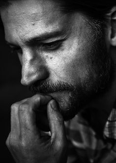 Nikolaj Coster-Waldau, aka Jaime Lannister, Game of Thrones Black And White Portraits, Black And White Photography, Portrait Studio, Men Portrait, Nikolaj Coster Waldau, Jaime Lannister, Chef D Oeuvre, Portrait Inspiration, Drawing People