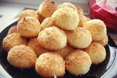 TOP 5 Delicious and Useful Cookie Recipes Coco Cookies, Yummy Cookies, Cookie Recipes, Snack Recipes, Coconut Biscuits, Good Food, Yummy Food, Czech Recipes, Biscuit Cake