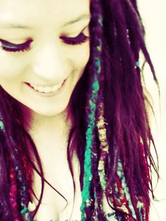I admire any girl who can pull off dreds.