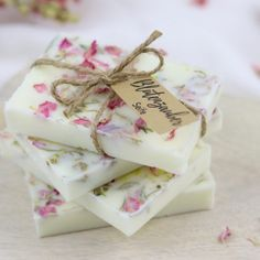 Diy Candels, Handmade Soap Recipes, Diy 3d, Homemade Candles, Diy Presents, Home Made Soap, Diy Garden Decor, Candle Making, Soap Making