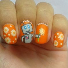 Nailpolis Museum of Nail Art | The Friendly Robot by Tallie