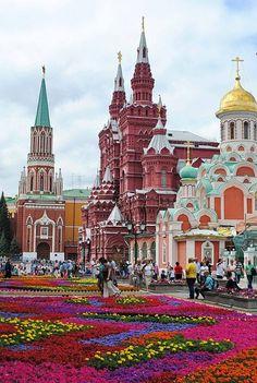 Flowers on the Red Square in Moscow, Russia Flores na praça vermelha em Moscovo, Rússia