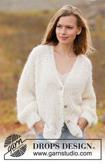 Ravelry: Spring Fuzz Jacket pattern by DROPS design Sweater Knitting Patterns, Cardigan Pattern, Jacket Pattern, Knitting Stitches, Knitting Designs, Knit Patterns, Free Knitting, Drops Design, Knit Jacket