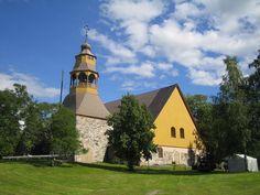 Uudenkaupungin vanha kirkko.
