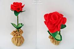 A Rosa, em feltro