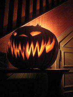 Halloween Party Decor, Holidays Halloween, Halloween Crafts, Happy Halloween, Halloween Halloween, Spirit Halloween, Halloween House Decorations, Scary Halloween Pumpkins, Halloween Clothes