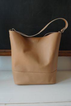 Peach nude bucket bag by NiLiBags on Etsy